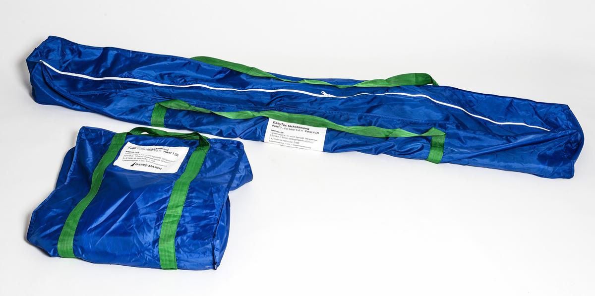 Täckställningen kommer paketerad i två praktiska bagar.